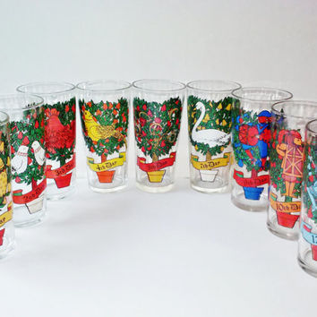 Vintage Twelve Days of Christmas Glass Set 12oz Drinking Glasses Indiana Glass Co Set of 9 Excellent Cond. from Estate Kitchen Serving Decor