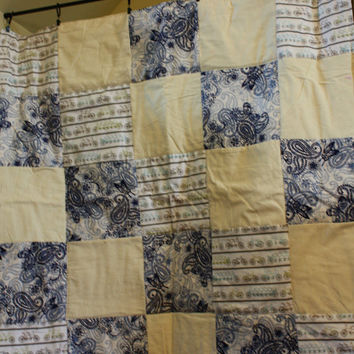 Bicycle Traffic in the Paisley Quilt.
