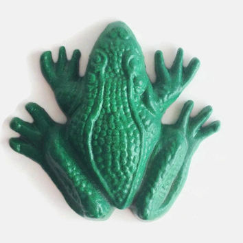 Green Frog Paperweight. Frog Desk Accessory. Metal Toad Paper Weight. Desk Toy. Shelf Sitter. Frog Ornament. Frog Lovers Gift