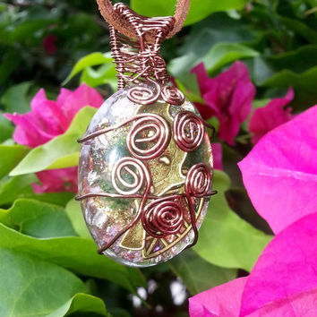 "Wire Wrapped Orgonite Pendant ""The Bird of Luck"" with Aventurine"