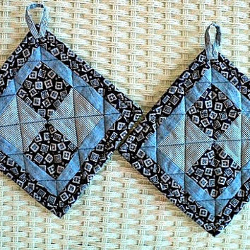 "Patchwork Blue and White Country Quilted Pot Holders / Hot Pads - Set of 2 - 7-3/4"" square"