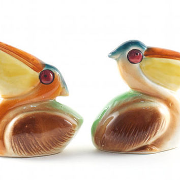 Pelican Salt and Pepper Shakers Sea Bird Beach Nautical Florida Retro / Vintage 60s 70s