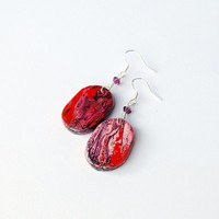 Purple earrings with painted abstract marble pattern. Purple boho earrings. Unique hippie jewelry. Handmade of clay. Long oval red earrings.