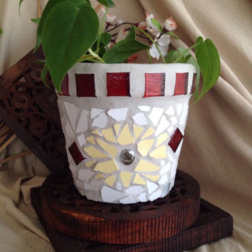 Handmade mosaic flower pot, indoor planter, garden pot, housewarming gift, mosaic pot, patio container, handmade mosaic planter, herb pot