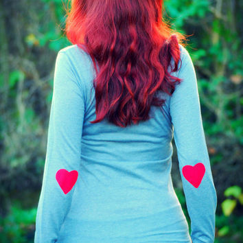 Red heart patched grey longsleeve