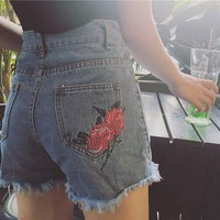 2017 Summer Plus Size High Waist Denim Shorts Mujer Short Personalized Embroidery Rose Shorts Women