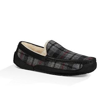 UGG Men's Ascot Slipper  UGG boots men