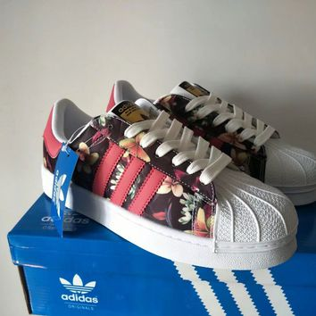 """Adidas"" Women Fashion Flower Print Sneakers Shell Head Plate Shoes"