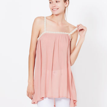 LE3NO Womens Lightweight Flowy Crochet Spaghetti Strap Tunic Top