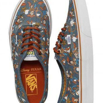 DCK7YE Vans x Toy Story - Authentic Toy Story Woody/True White - Girl Shoes
