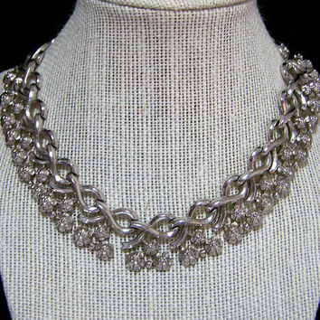 Crown Trifari Floral Collar Necklace, Silver Tone Links, Pre 1956 Era, Mid Century Jewelry Vintage Jewellery 1117