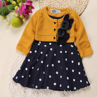 DOZ208 Free Shipping 2017 retail new baby girl long-sleeved dress flower princess dress in polka dot kid dress children clothes