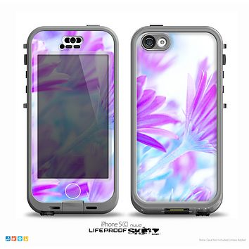 The Vibrant Blue & Purple Flower Field Skin for the iPhone 5c nüüd LifeProof Case