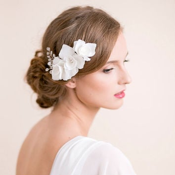 Wedding Hair Comb Iris - Bridal Comb Flower - Wedding Hairpiece - Bridal Hairpiece - Floral Hairpiece - Wedding Hair Accessories