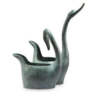 SPI Garden Collection Swan Sweethearts Fountain and Planter