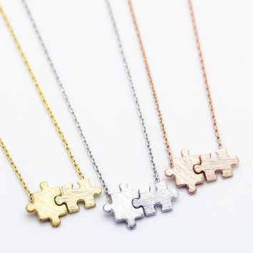 ONETOW Day-First? Puzzle pieces necklace