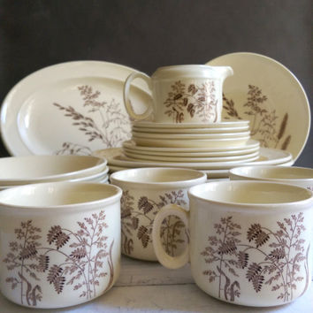 J & G Meakin England Windswept set of dishes/ Vintage windswept dishes complete set/ Cream and Brown Ceramic ware/ English Dinnerware