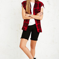 Vintage Renewal Sleveless Flannel Shirt in Red - Urban Outfitters