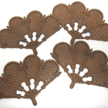 Set Of 4 Fans Wall Hanging Syroco Style  Burwood Products