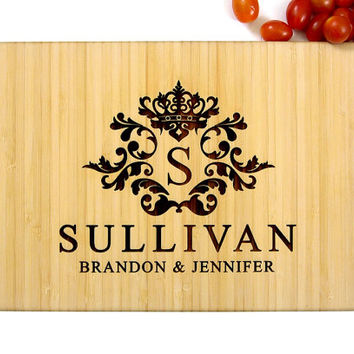 Personalized Wedding Gift, Custom Engraved Wood Cutting Board, Monogram, Engagement gift, Anniversary Gift, Housewarming Gift, Kitchen Art
