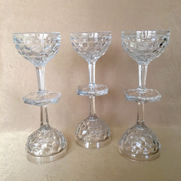 Champagne Coupes, Fostoria American, Vintage Barware, Wedding Glassware, Cube Pattern Glass, Cut Clear Champagne, Elegant, Glamour Glassware