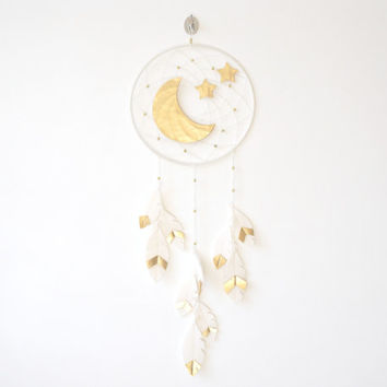 Dream catcher wall hanging, Moon and Star Dreamcatcher, Gold dreamcatcher, Gender Neutral Nursery Idea, Gold Nursery Idea