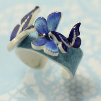 Butterfly ring in shades of blue