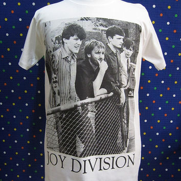 Joy Division Band Love will tear us apart Warsaw Ian Curtis Punk Rock White T-shirt Size M