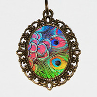 Peacock Feather Necklace Oval Pendant