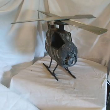 Handmade and painted jungle camo military helicopter welded Metal art