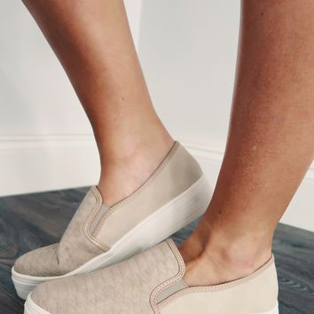 Stepping Into Fall Sneakers: Dusty Taupe