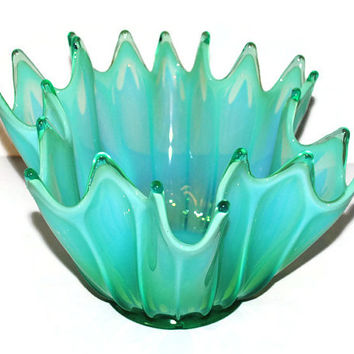 Fostoria Green Opalescent Heirloom Bowl - (100.73)