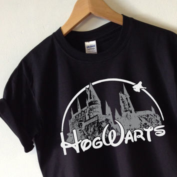 HOGWARTS T-shirt Harry Potter t-shirt tee shirt - High Quality SCREEN PRINT Super Soft unisex Ladies Sizes - Worldwide Shipping S-2xl