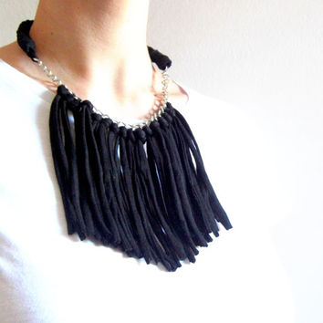 Tshirt yarn fringe necklace. T-shirt yarn necklace