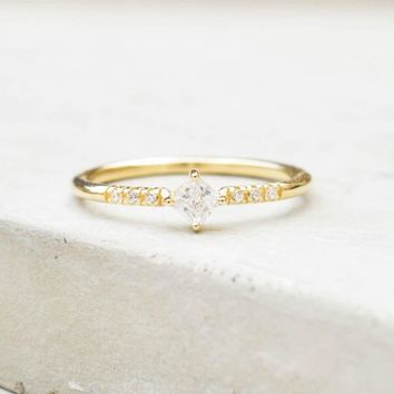 Diamond Shaped Ring - Gold