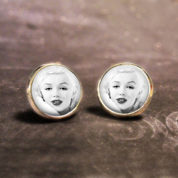 Marilyn Monroe Earrings : Snow White