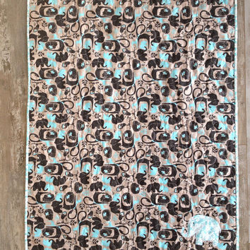 Blue grey modern elephant quilt , Baby boy quilt, Blue elephant blanket, Boy crib bedding, Personalized baby quilt, Modern safari quilt
