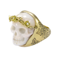 Theo Fennell - Coral Ivy Skull Ring