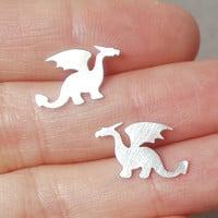 dragon earring studs in sterling silver handmade in by huiyitan