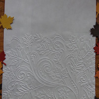 "20 White Autumn Leaves Embossed Paper Bags - Medium - 5"" x 7.5"" - Thanksgiving Fall Party Decorations - Food Safe - Favor Bags - Maple"