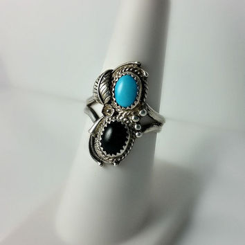 Turquoise Navajo Ring - Turquoise and Black Onyx Southwestern Ring Size 7 - Vintage Statement Ring - Ornate Sterling Silver Ring
