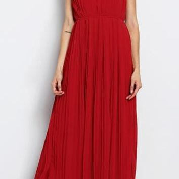 Make An Entrance Red Gold Sleeveless Scoop Neck Pleated Halter Maxi Dress