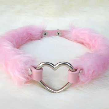 Pastel Grunge Goth Pink Heart Choker Furry DDLG Collar Necklace Lolita, Pastel Day Collar Pet Play Kawaii, Furry Fairy Kei Faux Fur