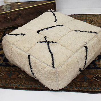 Beautiful handmade moroccan wool floor Pillow / poof / floor cushion  19.6*19.6*15.7 inches