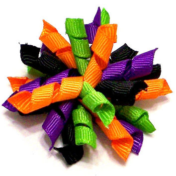 Dog hair bows, Dog Accessories in Halloween colors in curly korker style bow: Hocus-Pocus