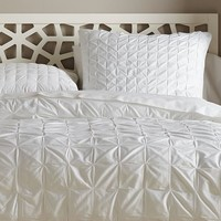 Square-Tuck Duvet Cover + Shams