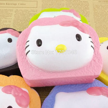 2015 New Jumbo Squishy Cartoon Hello Kitty Cream Cake Key Chains Soft Colorful Phone Straps Kids Gift Toys 1PCS