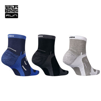 Professional Running Socks Quick Dry Moisture Absorption Socks For Walking Camping