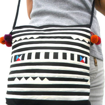 Black White color Crossbody Bag Hill Tribe Bag Boho Bag Hobo Bag Ethnic Bag Bohemian Bag Art Bag Purse Bag Hippie Hobo Bag Gift Pom Pom Bag