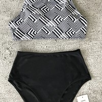 Cupshe Hide And Seek Tank Bikini Set